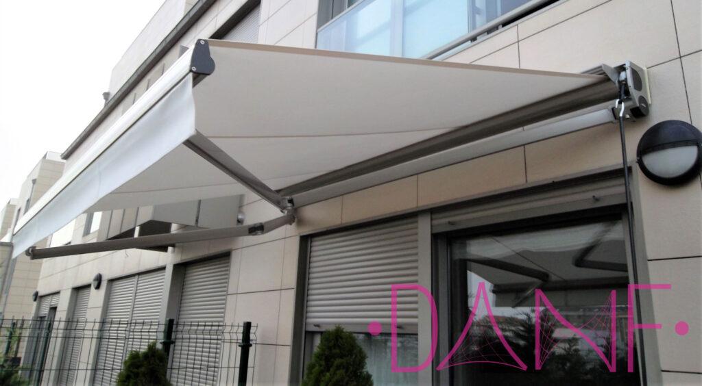 toldo mecanico para terraza y negocio
